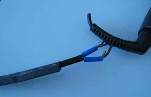 прекъснат кабел на преса за коса