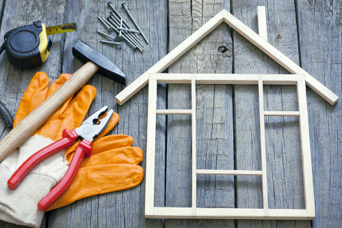 Подобрения и ремонт на дома